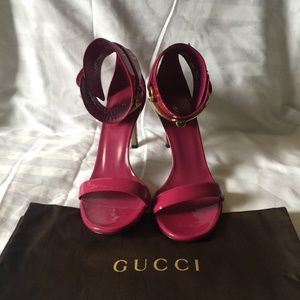 Gucci Ursula Vernice Crystal Classic Pumps